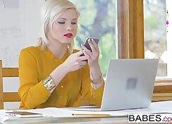 Astonishing Blonde Babe Shey West Office Live