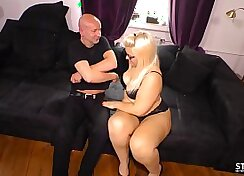 Blonde West Michigan Slut Shake Sausage Off Her Dick and Smalls Muffdiving With Fat Cock