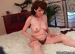 black girl with a tight ass is getting her pussy rammed